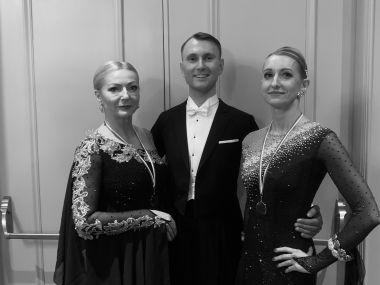 Taniec towarzyski Katowice. Nauka tańca w systemie ProAM w Carmen Dance Center.